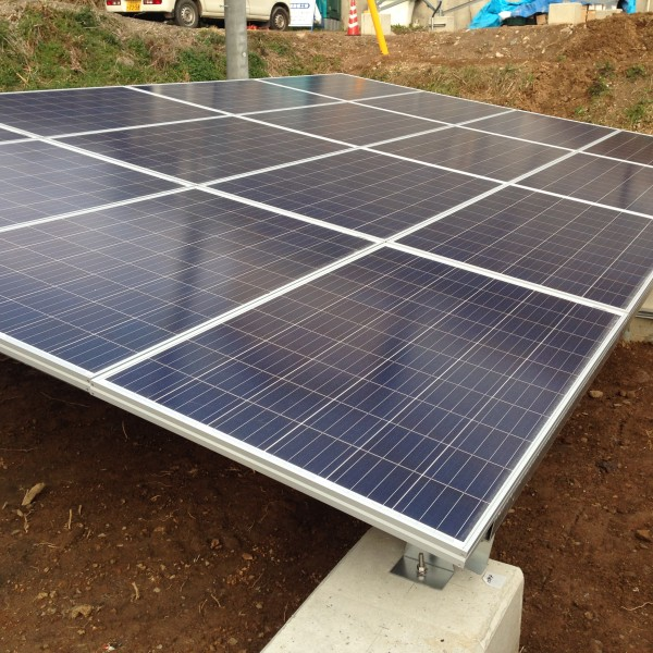 ソーラーパネル架台に取付